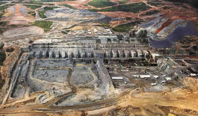 The Belo Monte dam under construction. Photo courtesy of Lalo de Almeida/Folhapress.
